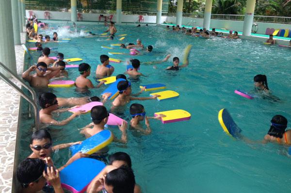 Dạy Bơi Quận Phú Nhuận