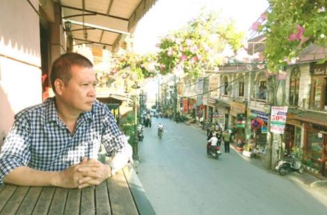 Tản mạn về nhà văn Hồ Anh Thái