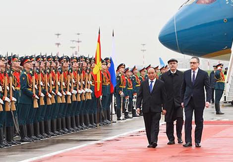 Thủ tướng kết thúc chuyến thăm Nga, bắt đầu tham dự Hội nghị ASEAN-Nga