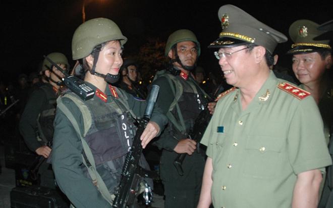 Thứ trưởng Bùi Văn Nam kiểm tra công tác ứng trực, sẵn sàng chiến đấu của lực lượng CSCĐ