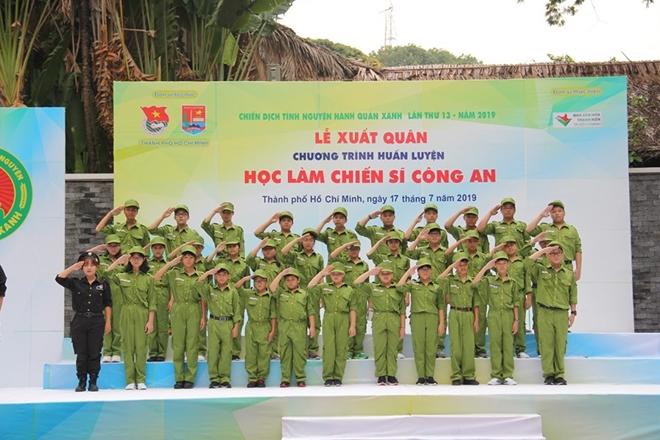 """Lễ xuất quân Chương trình huấn luyện """"Học làm chiến sĩ Công an"""" - Ảnh minh hoạ 7"""