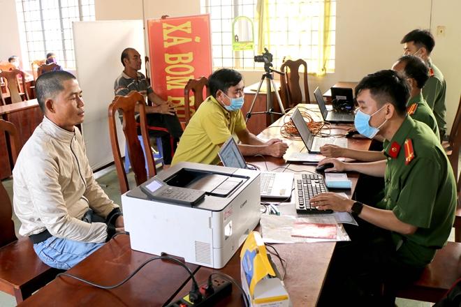 Sáng kiến trong cấp CCCD cho đồng bào dân tộc thiểu số ở Bình Phước - Ảnh minh hoạ 2