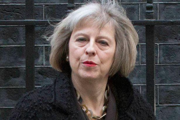 Quyết định khó khăn nhất của tân Thủ tướng Anh Theresa May