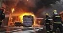 Đốt pháo đón Tết làm cháy cơ sở tái chế phế liệu, 9 người chết