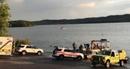 Lật tàu du lịch trên hồ vì giông lốc làm nhiều người chết và mất tích