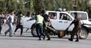 Khủng bố tấn công tên lửa ám sát Tổng thống Afghanistan khi đang phát biểu
