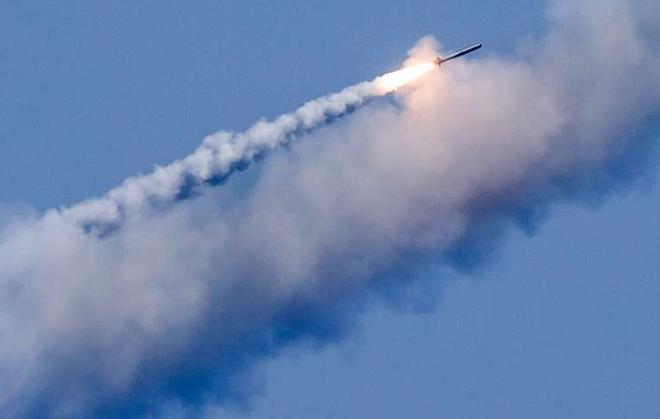 Quân đội Nga xác nhận phát triển tên lửa hành trình mới