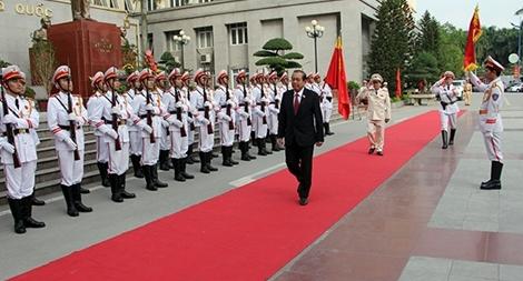 Phó thủ tướng Trương Hòa Bình dự Lễ Mít tinh kỷ niệm Ngày Nhà giáo Việt Nam tại Học viện CSND