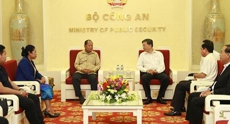 Thắt chặt quan hệ hợp tác giữa Bộ Công an Việt Nam – Bộ An ninh Lào