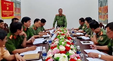Kiểm tra công tác phòng, chống nCoV tại CA Khánh Hòa và sân bay Cam Ranh