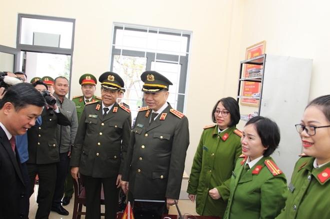 Bộ trưởng Tô Lâm dự Lễ khánh thành trụ sở Công an xã biên giới Nghệ An - Ảnh minh hoạ 10