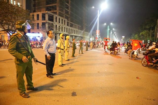 Công an tỉnh Thừa Thiên Huế chủ động phương án đảm bảo ANTT, ATGT trong trận chung kết lịch sử - Ảnh minh hoạ 3