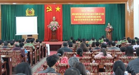 Công an tỉnh Thừa Thiên - Huế tổ chức tuyên truyền Luật xuất, nhập cảnh
