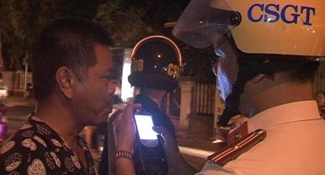"""Công an tỉnh Thừa Thiên - Huế xử phạt hàng trăm """"ma men"""" trước thềm Festival"""
