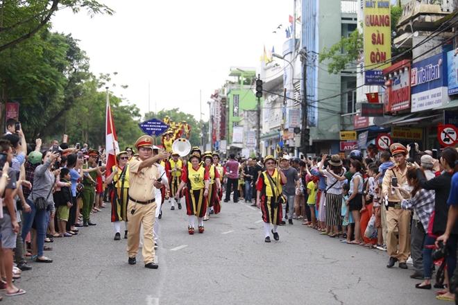 Công an tỉnh Thừa Thiên- Huế góp phần làm nên thành công Festival Huế 2018 - Ảnh minh hoạ 11