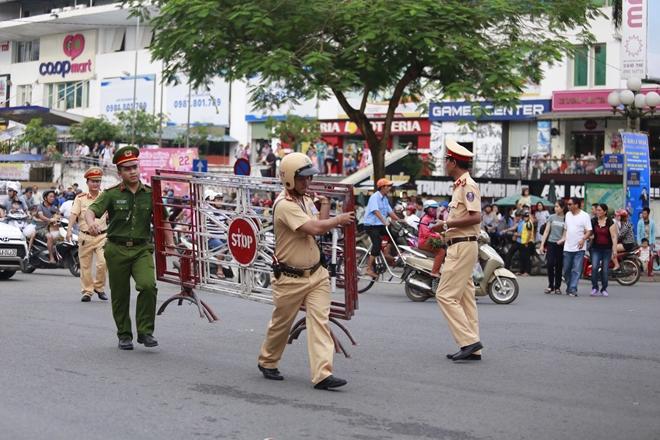 Công an tỉnh Thừa Thiên- Huế góp phần làm nên thành công Festival Huế 2018 - Ảnh minh hoạ 8