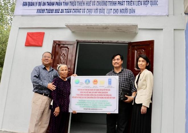 Hỗ trợ người dân Thừa Thiên - Huế xây dựng 143 căn nhà chống bão lũ - Ảnh minh hoạ 2