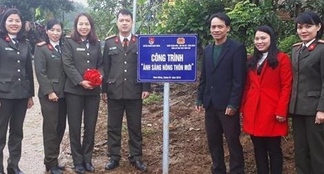 """Công an Thừa Thiên – Huế bàn giao công trình """"ánh sáng nông thôn mới"""""""