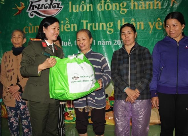 Tết đến sớm với người nghèo ở xứ Huế