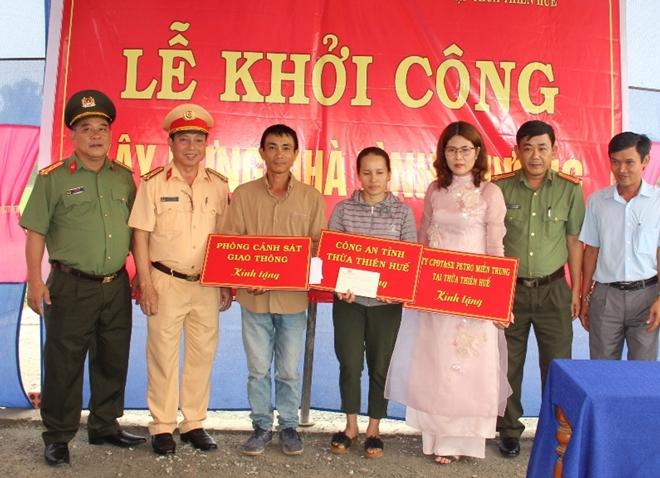 Công an Thừa Thiên – Huế khởi công xây nhà tình thương cho hộ nghèo