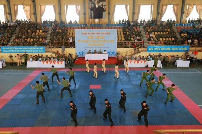 Công an tỉnh Thừa Thiên - Huế khai mạc hội thao võ thuật CAND năm 2019 - Ảnh minh hoạ 2