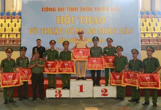 Công an tỉnh Thừa Thiên - Huế khai mạc hội thao võ thuật CAND năm 2019 - Ảnh minh hoạ 3