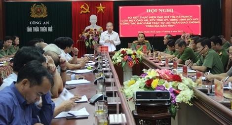 Công an Thừa Thiên Huế sơ kết thực hiện công tác đảm bảo TTATGT
