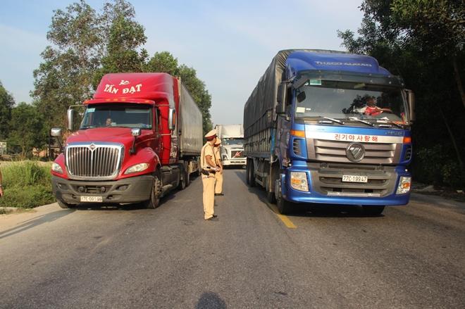 Công an các tỉnh ra quân tổng kiểm soát phương tiện đường bộ - Ảnh minh hoạ 9