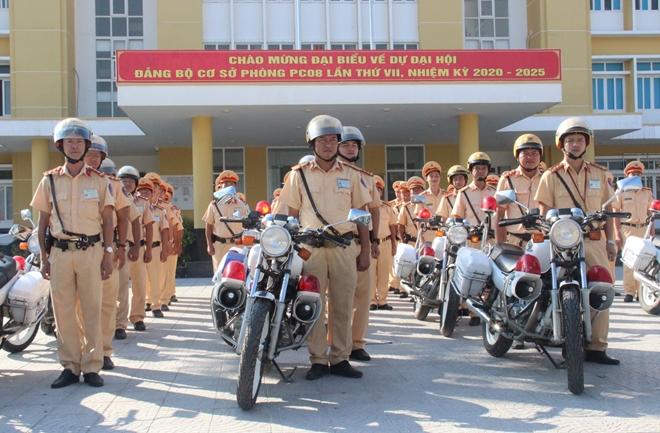 CSGT Công an tỉnh Thừa Thiên Huế mở đợt cao điểm đảm bảo ATGT - Ảnh minh hoạ 2