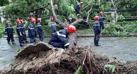 Công an Thừa Thiên Huế khắc phục hậu quả sau bão số 5