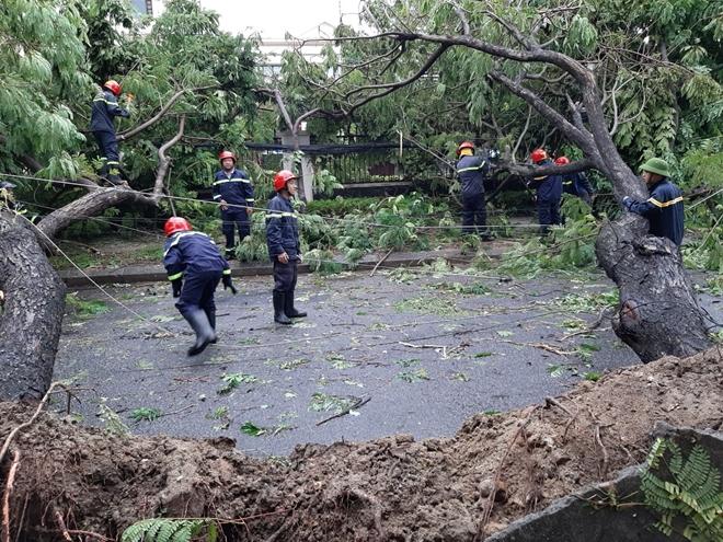 Công an Thừa Thiên Huế khắc phục hậu quả sau bão số 5 - Ảnh minh hoạ 3
