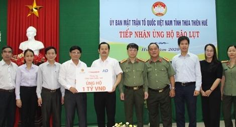 Báo CAND và các doanh nghiệp ủng hộ 1 tỷ đồng hỗ trợ đồng bào ngập lũ ở tỉnh Thừa Thiên Huế