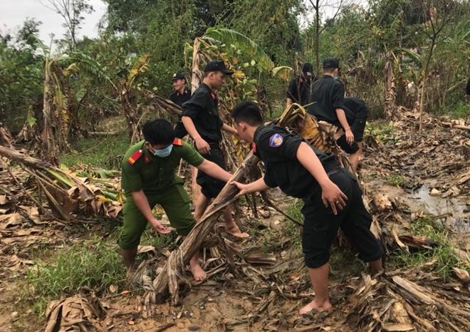 Chủ Nhật tình nguyện giúp dân của tuổi trẻ Công an Thừa Thiên Huế
