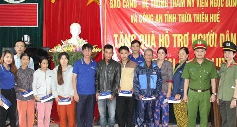 Chung tay giúp đồng bào vùng cao Nam Đông khắc phục hậu quả bão số 9