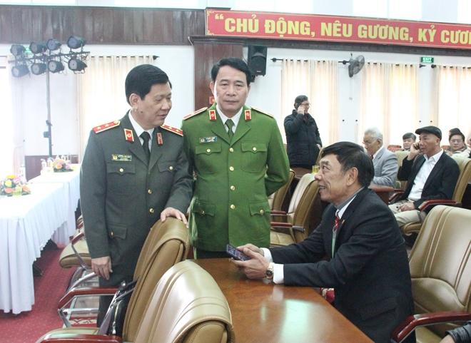 Đảng ủy Công an Trung ương gặp mặt, chúc Tết cán bộ Công an nghỉ hưu - Ảnh minh hoạ 2