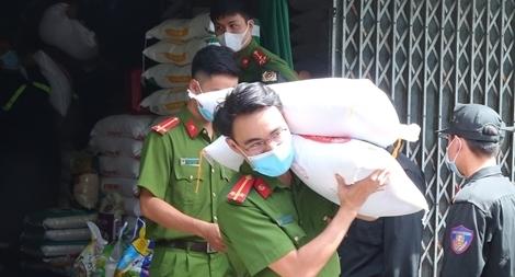 Công an tỉnh Thừa Thiên Huế chung sức cùng TP Hồ Chí Minh chống dịch