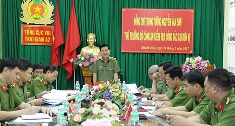 Thứ trưởng Nguyễn Văn Sơn kiểm tra công tác tại Trại giam A2