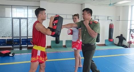 """Người """"truyền lửa"""" cho Đội tuyển Wushu gặt hái nhiều huy chương"""
