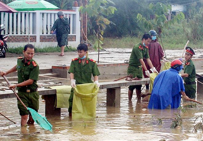 Công an tỉnh Thừa Thiên - Huế đạt nhiều thành tích từ phong trào thi đua Vì an ninh Tổ quốc