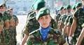 Vẻ đẹp đầy uy lực của các bóng hồng trong quân đội các nước