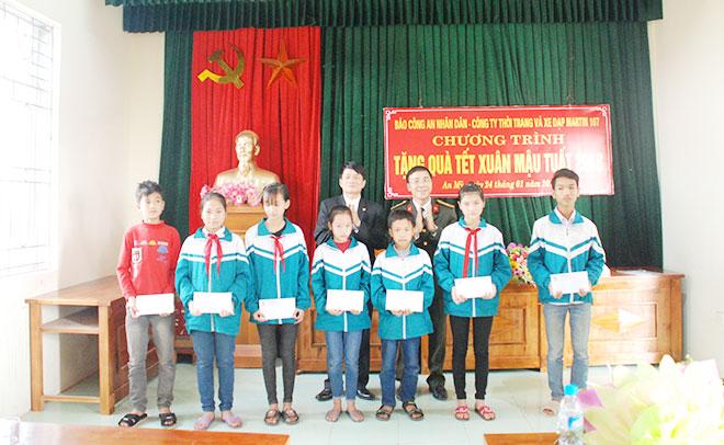 Chuyện cảm động của một học sinh nghèo ở Bình Lục, Hà Nam