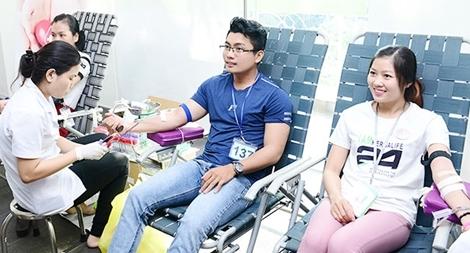 Nhân viên Herbalife Việt Nam tham gia hiến máu tình nguyện