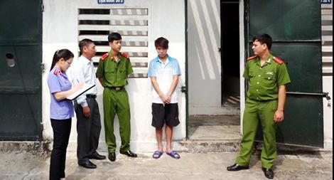 Người bào chữa có thể gặp người bị tạm giữ, tạm giam