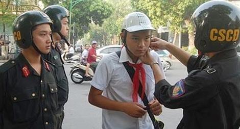 Nâng cao hình ảnh người chiến sỹ CSCĐ nhân văn, thân thiện trong lòng nhân dân Thủ đô