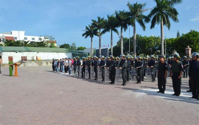 Công an TP Vinh hoàn thành huấn luyện chiến thuật CSCĐ năm 2018