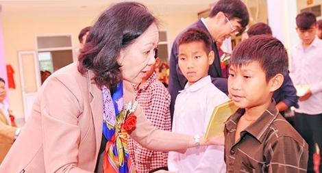 Khánh thành công trình nội trú cho học sinh Con Cuông