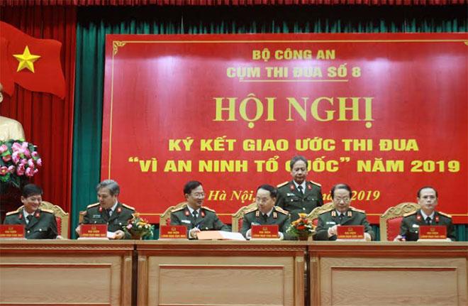 Khối các đơn vị trực thuộc Bộ trưởng Bộ Công an ký Giao ước thi đua năm 2019
