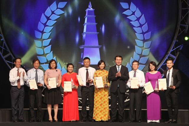 Tôn vinh những tác phẩm xuất sắc của nền báo chí cách mạng Việt Nam
