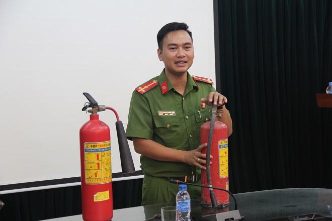 Báo CAND tập huấn phòng cháy chữa cháy cho cán bộ, chiến sĩ - Ảnh minh hoạ 4