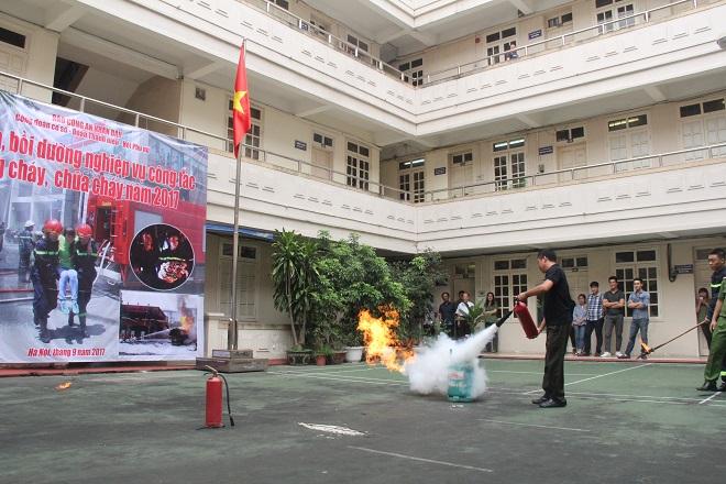 Báo CAND tập huấn phòng cháy chữa cháy cho cán bộ, chiến sĩ - Ảnh minh hoạ 12